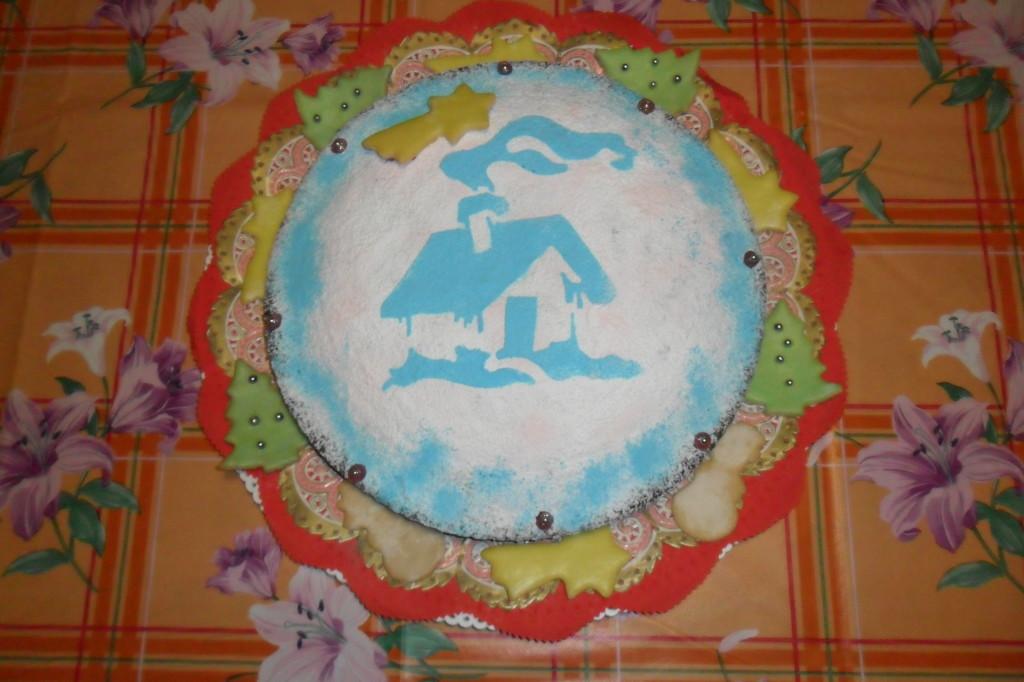 torta natalizia con casetta celeste di Francesca