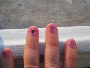 nail art rosa e nero