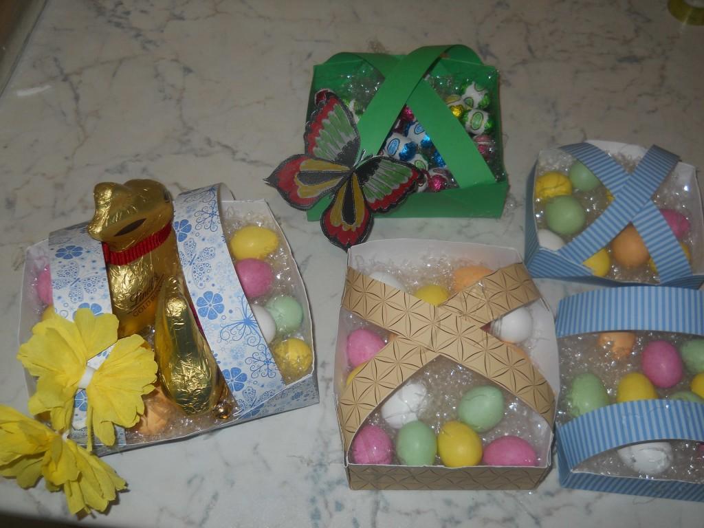 cestini di Pasqua colorati